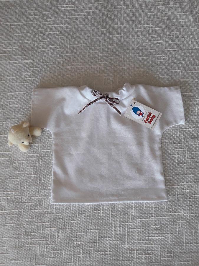 Balts lina krekls zēniem.