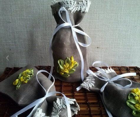 Lina maisiņi ar izšūtiem ziediem. 3gb.,-10/21 cm