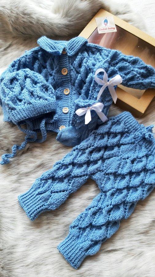 Adīts, zils jaundzimušo apģērbs.56 izm.