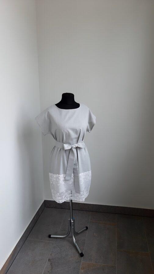 Pēlēka lina kleita ar baltu mezģīni.PĀRDOTA
