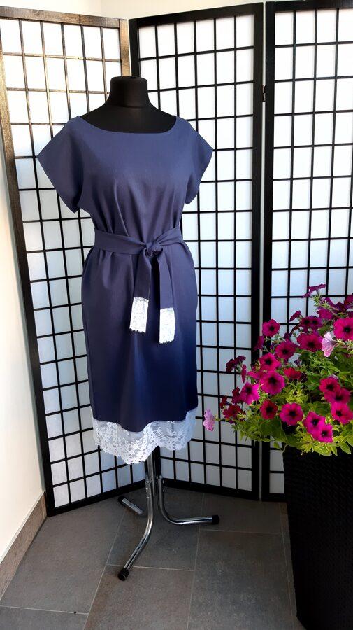 PĀRDOTA.Tumši pelēki/zila lina kleita ar baltu mežģīni.