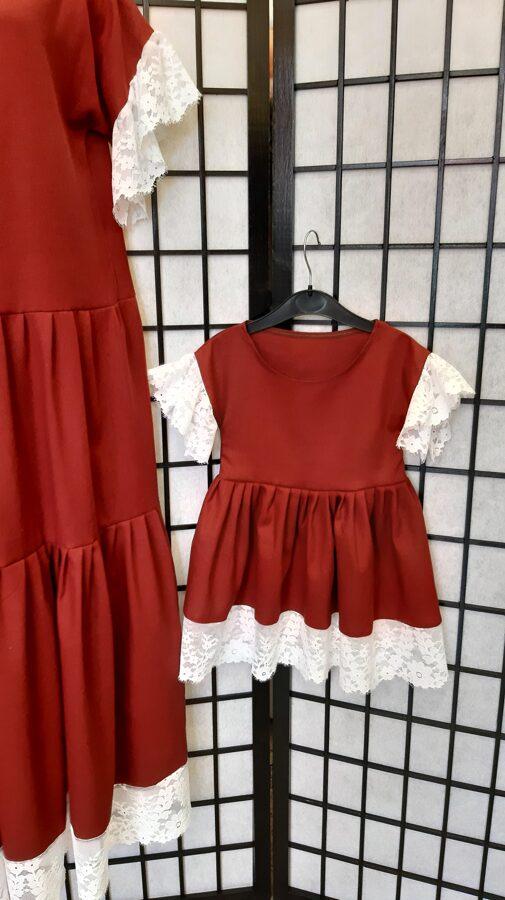 Bordo lina kleita ar baltu mežģīni,mammai un meitai.Pasūtījums.