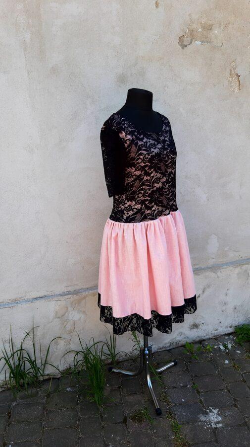 Rozā lina kleita ar melnu mežģīni.Pasūtījums.