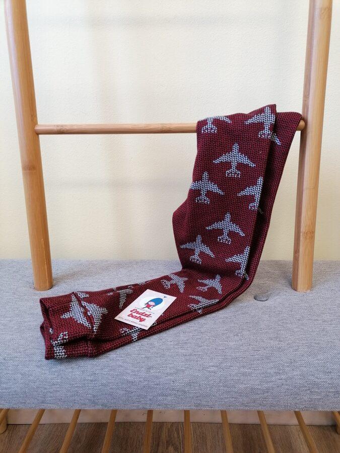 Bordo krāsā adītās trikotāžas bikses.62.izm-140 izm.