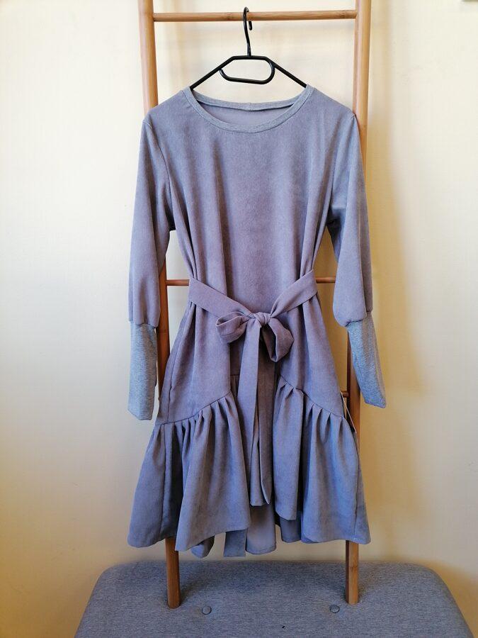 Pelēka velveta kleita/tunika ar kabatām,jostu. 40/42 izm.