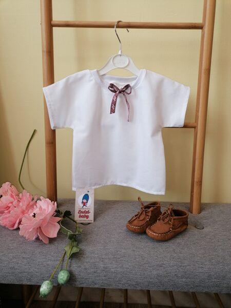 Balts lina krekls.