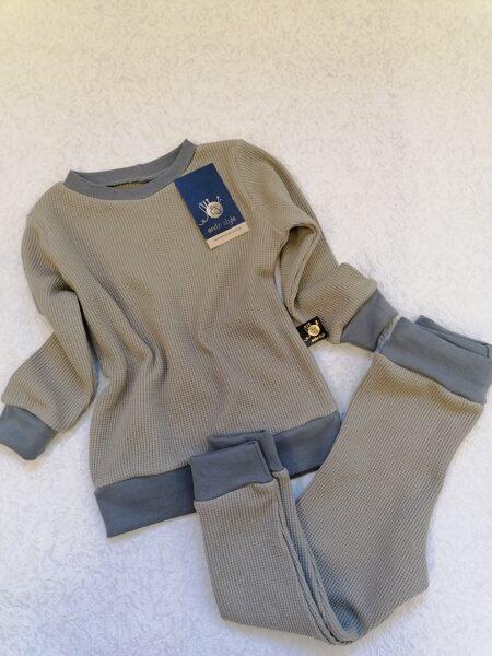 Termoregulējošs džemperis bēšīgā krāsā. 74-134 izm.
