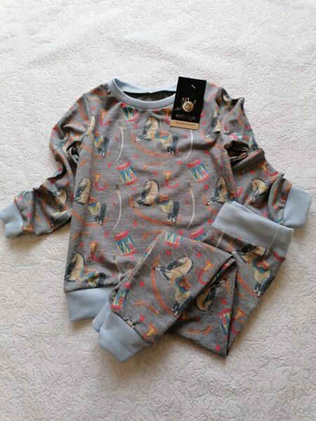 Bērnu pidžamma. ''Zirdziņš nr2.'' 74,80,86,92,98,104,110,116,122 izm.